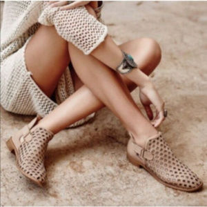 Anthropologie Musse Cloud Booties Perforated 6 6.5